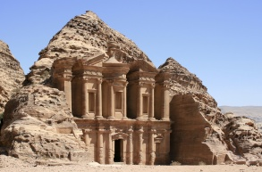 Jordan tourism seeks to capitalise on new Petra discovery